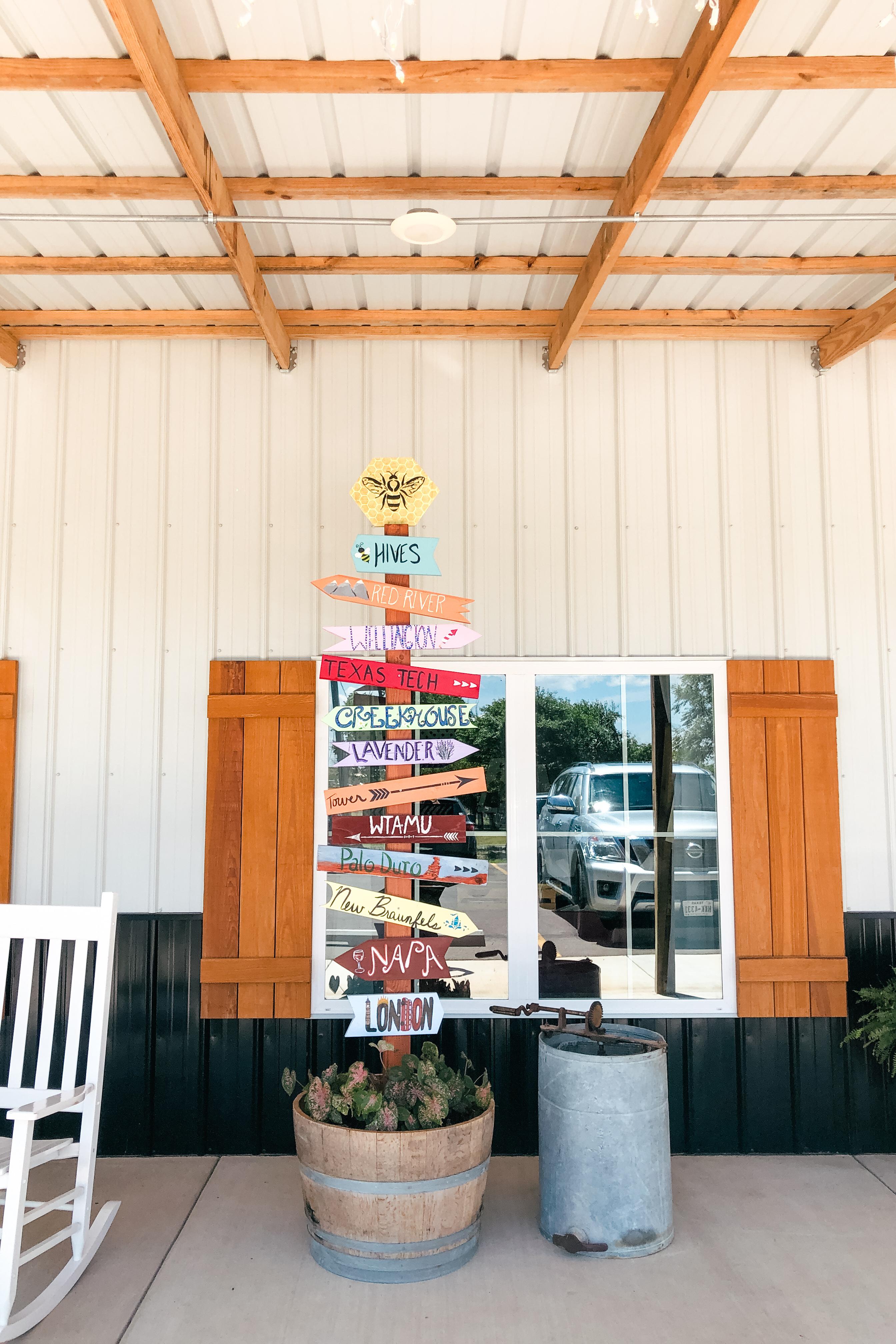 Honey Buzz Winery in Canyon, Texas